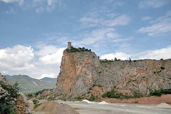 Torre-di-caprona