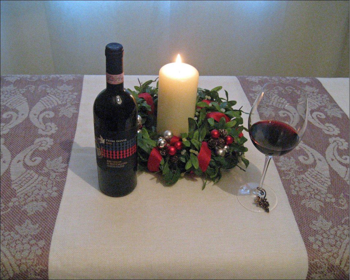 Una Tovaglia Rosso Brunello Per Natale