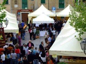 Castagneto-a-tavola-mercatini