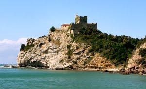 Rocchette. Il Castello Del Mare Di Castiglione Della Pescaia.