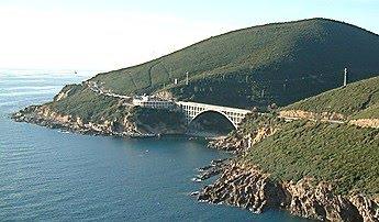 Il Romito.. Un Panorama Mozzafiato Tra Roccia E Mare, A Due Passi Da Livorno