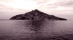 Isola di Montecristo. Tra realtà e leggenda
