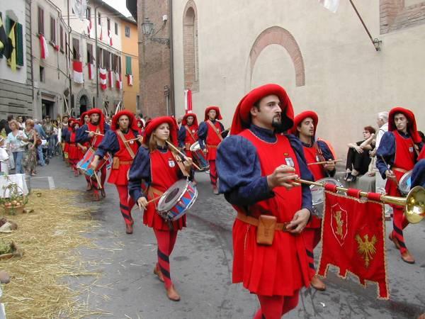 Festa-montopoli-parata