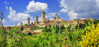 San Gimignano. Le Belle Torri E La Storia.