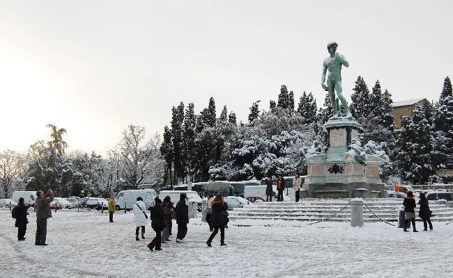 Piazzale Michelangelo A Firenze. Foto Di Http://multimedia.quotidiano.net/