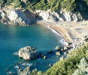 La Cala Del Leone. Un Angolo Di Paradiso Sulla Costa Degli Etruschi