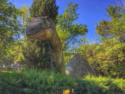 Parco Preistorico Di Peccioli. Parchi Di Divertimento In Toscana