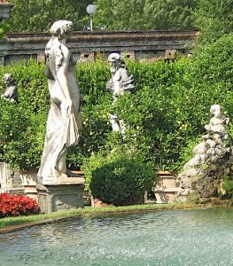 Fontana Palazzo Pfanner