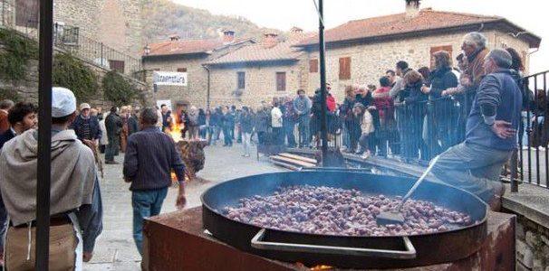 Festa Di Castagnatura A Raggiolo, In Provincia Di Arezzo
