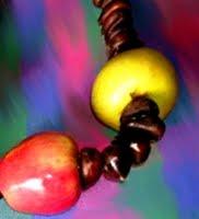 collana di castagne e mele