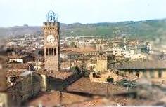 Una Giornata A Poggibonsi, Borgo Medievale Nel Senese