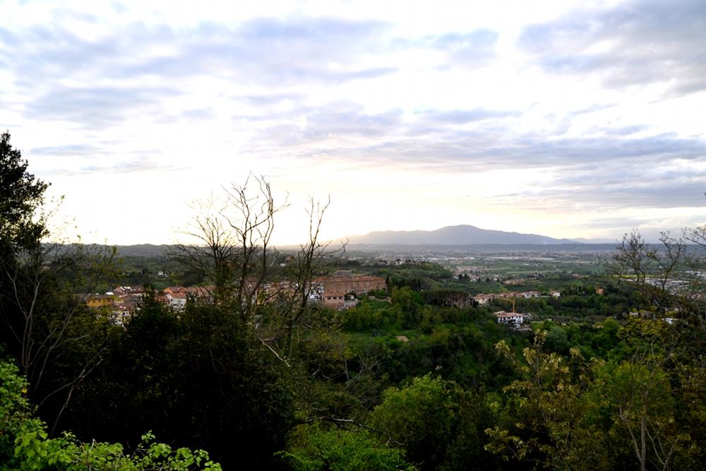 La Via Francigena Tra Lucca E Siena