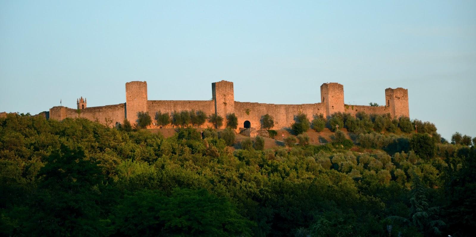 Monteriggioni, Un Gioiello Della Toscana. In Provincia Di Siena