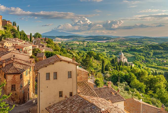 Paesaggio-della-Toscana-visto-dalle-mura-di-Montepulciano,-Italia