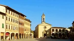 Piazza Marsilio Ficino A Figline Valdarno