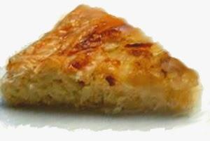Torta Di Riso E Cipolle. Ricetta Tipica Della Lunigiana