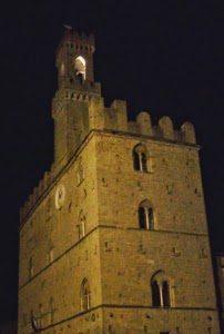 palazzo_dei_priori_volterra b