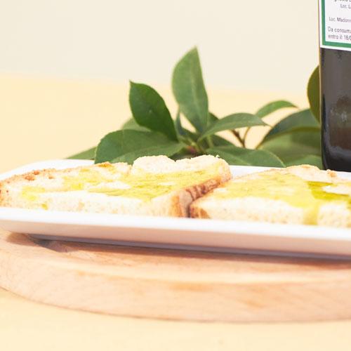 Olio-extra-vergine-di-oliva-6