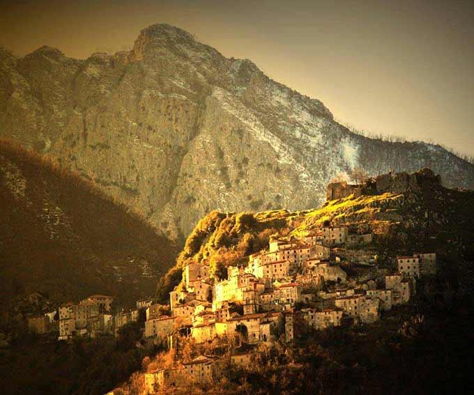 Le Montagne Toscane, Di Roberto De Lorenzo