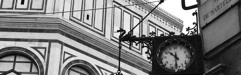 Piazza Del Duomo Di Firenze. Particolare Fotografato Da Roberto De Lorenzo
