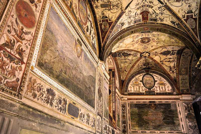 Uffizi Di Roberto De Lorenzo