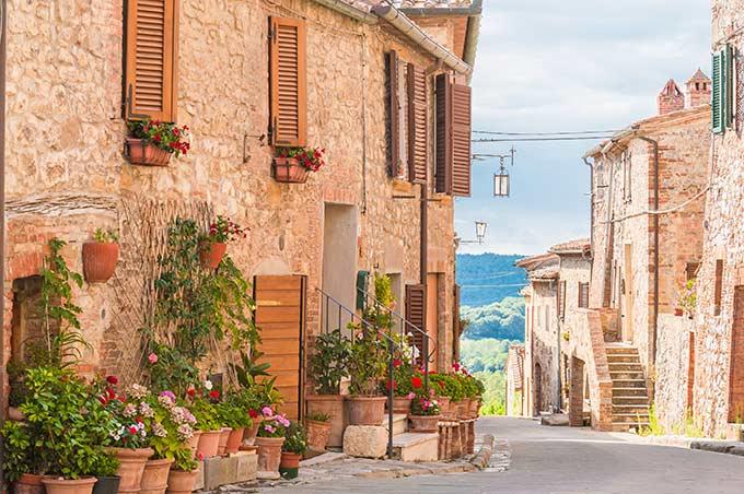 Borgo-Medievale-Toscano
