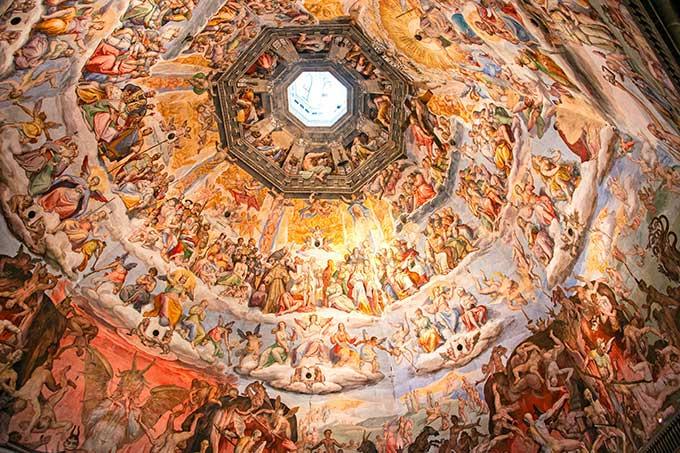 Firenze,-pittura-all'interno-della-cupola-del-Brunelleschi-del-Duomo-di-Firenze