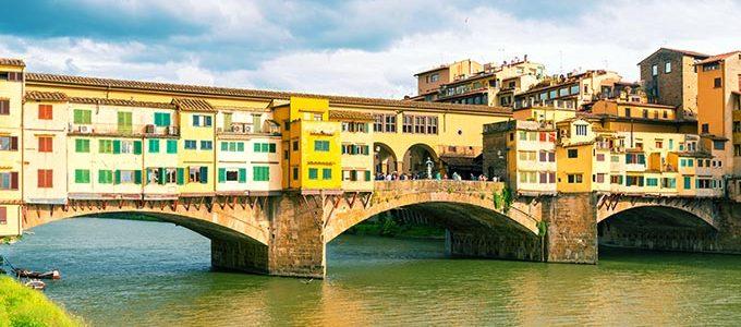 Ponte Vecchio Florence, Over Arno River