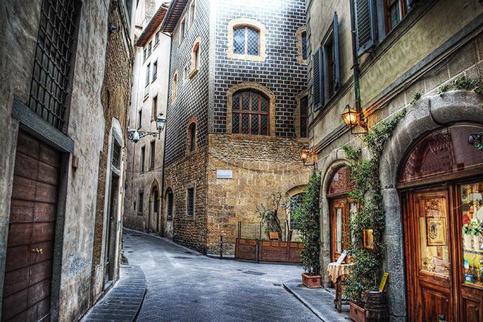 Per-le-vie-di-Firenze