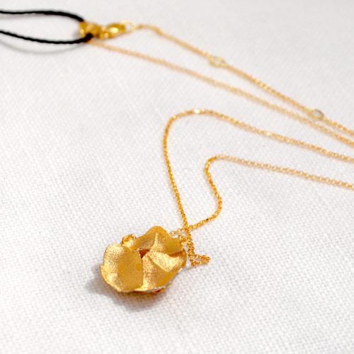 Ciondolo In Oro A Forma Di Rosa (4)