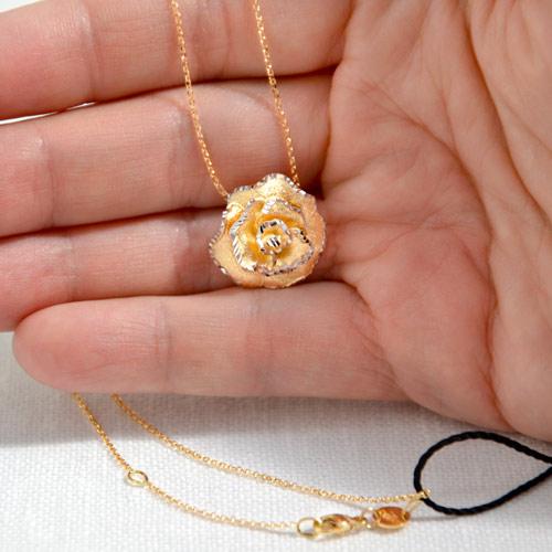 Ciondolo In Oro A Forma Di Rosa (6)