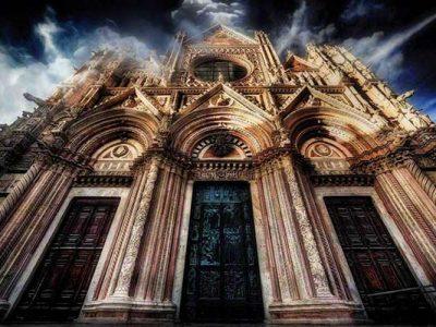Splendida Facciata Del Duomo Di Siena