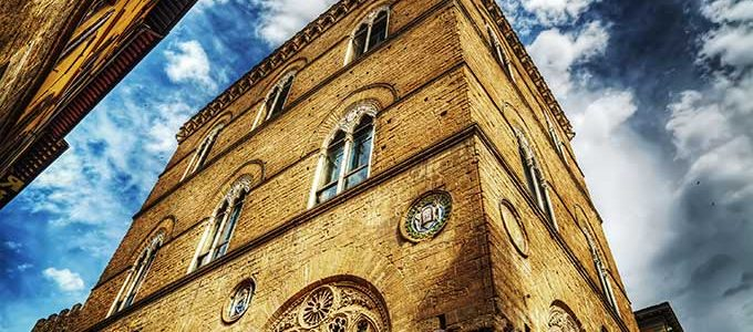 Orsanmichele, Da Loggia Del Grano A Chiesa. Uno Dei Rari Musei Aperti Il Lunedì.