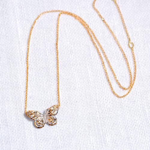 Girocollo Con Ciondolo In Oro A Forma Di Farfalla (2)