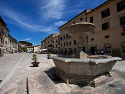 Cetona, Borgo Medievale Di Origine Etrusca