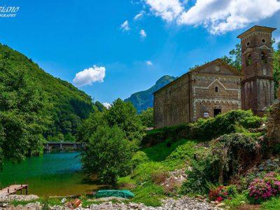 Lago Di Isola Santa, Garfagnana, Foto Di Tiziano Costa