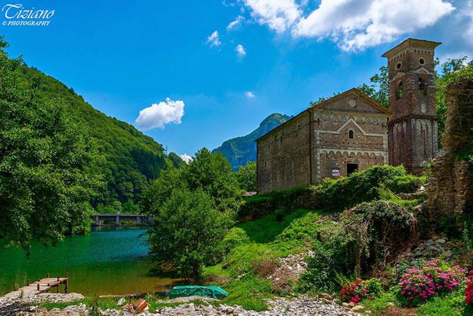 Isola Santa Lake, Garfagnana