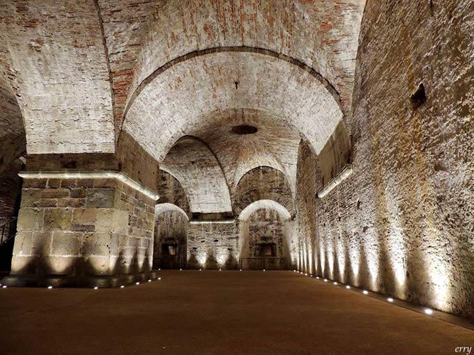 Lucca-sotto-le-mura-di-enrico-villani