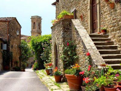 Volpaia, Borgo Fortificato D'origine Medioevale Nel Chianti