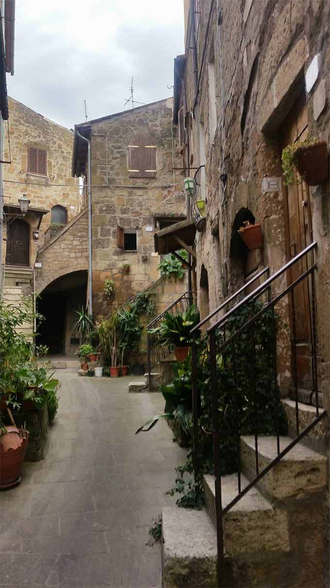 Pitigliano, Photo By DOMENICO MAMONE
