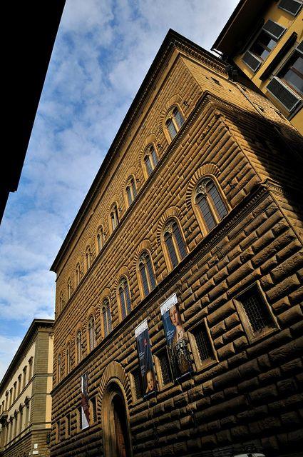 Palazzo Strozzi Di Bautisterias