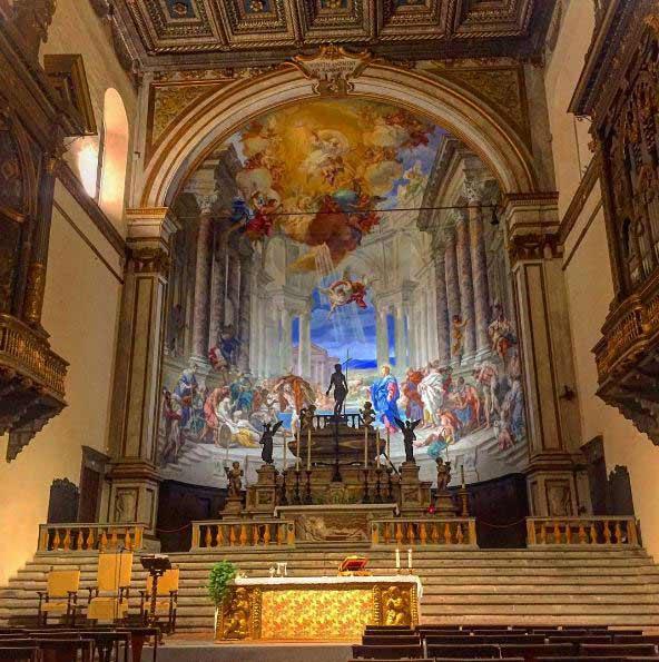 L'interno Della Chiesa Santissima Annunziata Di Siena