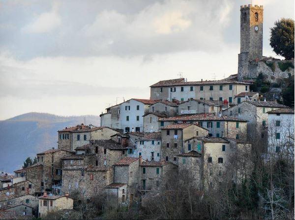 Scopri Il Meraviglioso Borgo Medievale Di Castelnuovo Val Di Cecina!