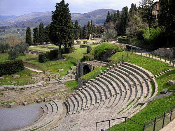 Visita Il Sito Archeologico Di Fiesole