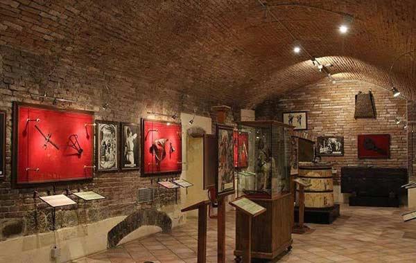 Il Museo Della Tortura Di Siena